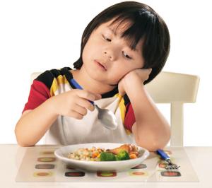Những biểu hiện đặc trưng của trẻ biếng ăn và những điều cần quan tâm