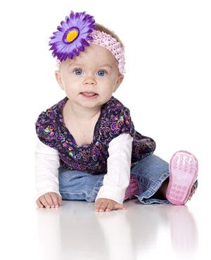 8 aylık bebeğin gelişiminin dönüm noktaları