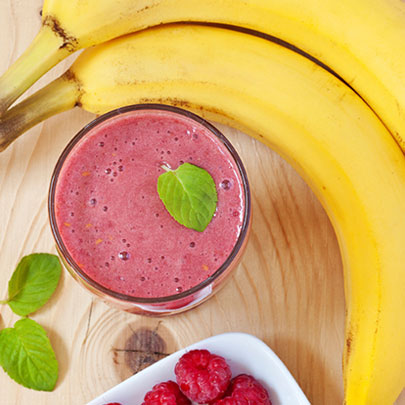 PediaSure® recipe of a smoothie with raspberries and bananas