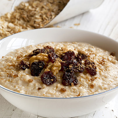 PediaSure® recipe for an overnight power oatmeal with raisins