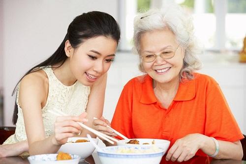 Dinh dưỡng cần thiết cho người cao tuổi