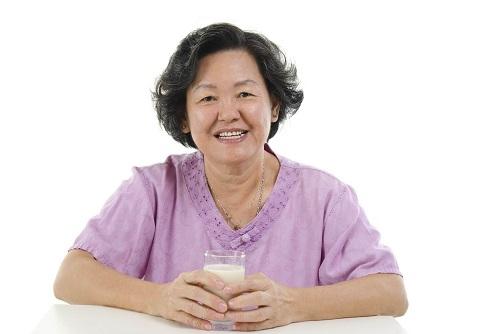 Sữa cho người cao tuổi