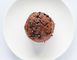 Enjoy this chocolate orange muffin recipe with Chocolate Glucerna®.