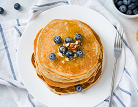 Try this healthy oat pancake recipe made with Vanilla Glucerna® today.