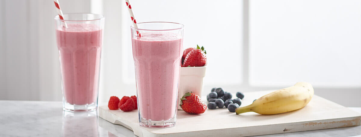 Strawberry banana smoothie recipe made with Vanilla Ensure® Regular