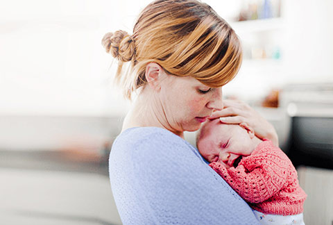 Colic Baby Symptoms Signs Help Similac
